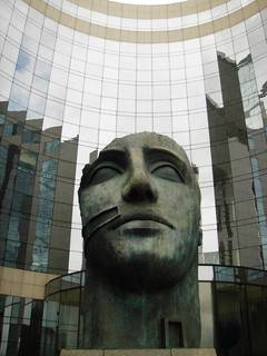 Skulptur in La Défense